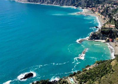 volare in Parapendio alle Cinque terre Spiaggia Monterosso al Mare La Spezia InstinctFly